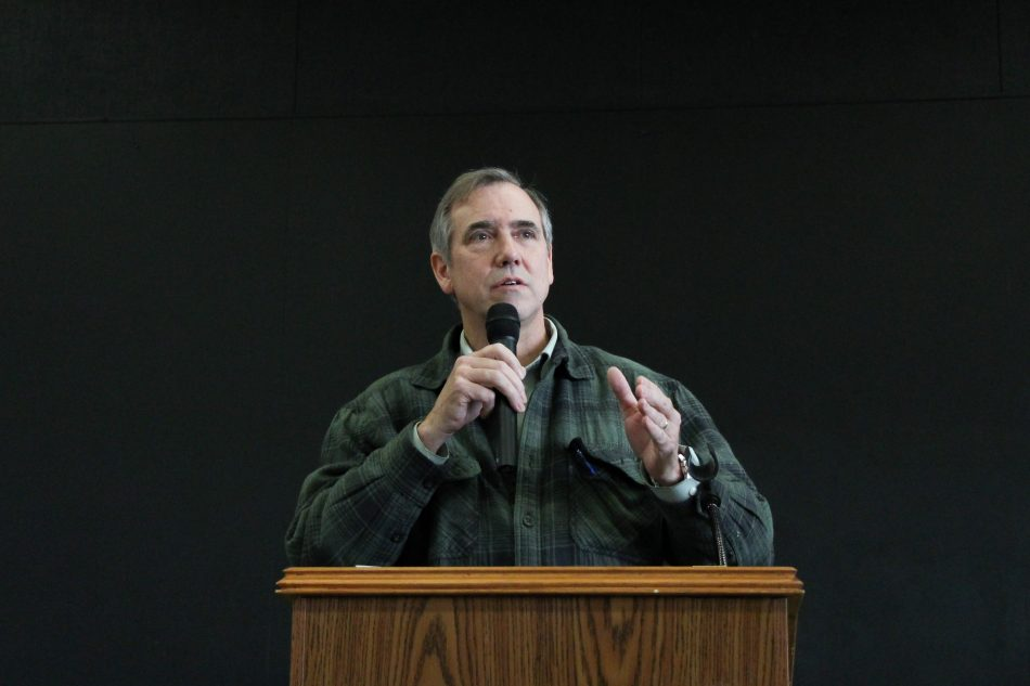 Senator Merkley's town hall draws a crowd