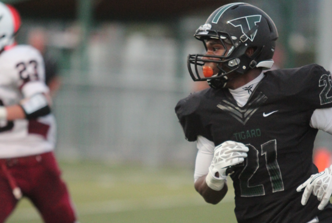 Tigard football beats Glencoe 55-26 with key players sitting out in second half