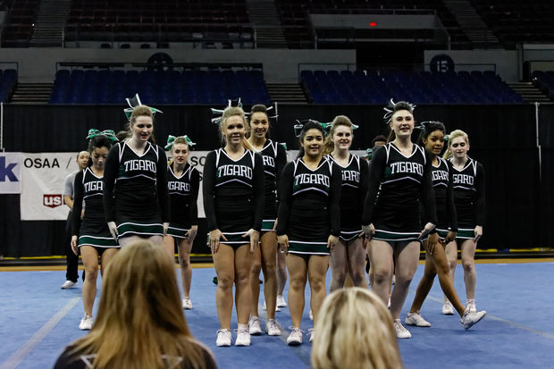Tigard+cheer+competes+at+state+for+the+first+time+in+over+ten+years+