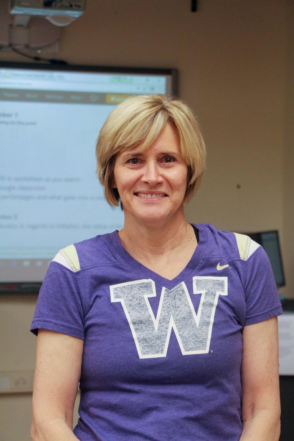 Sue Suttich wins Financial Beginning's Educator of the Year award for a second year in a row.