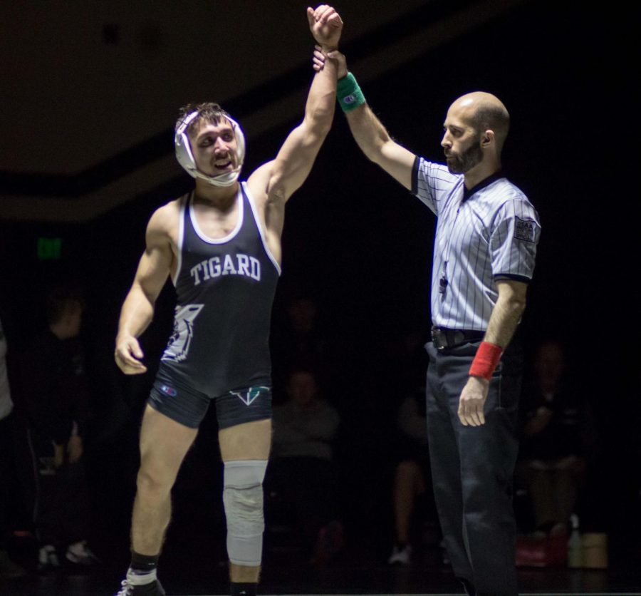 Wrestlers push to succeed