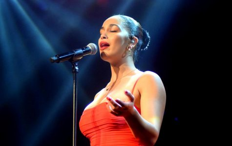 Jorja Smith and Ravyn Lenae bring enchanting vocals and a memorable performance to the Roseland Theater