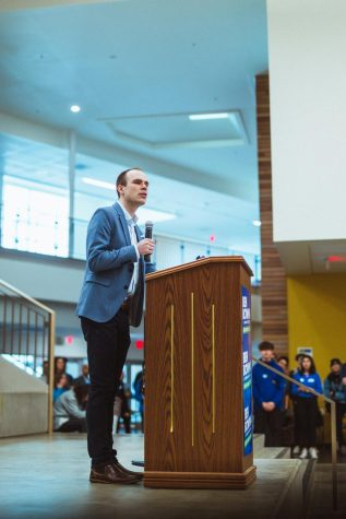 Ben Bowman gives a short speech at his campaign kickoff event on Feb. 29. The event was open to the public and brought in over 300 community members.