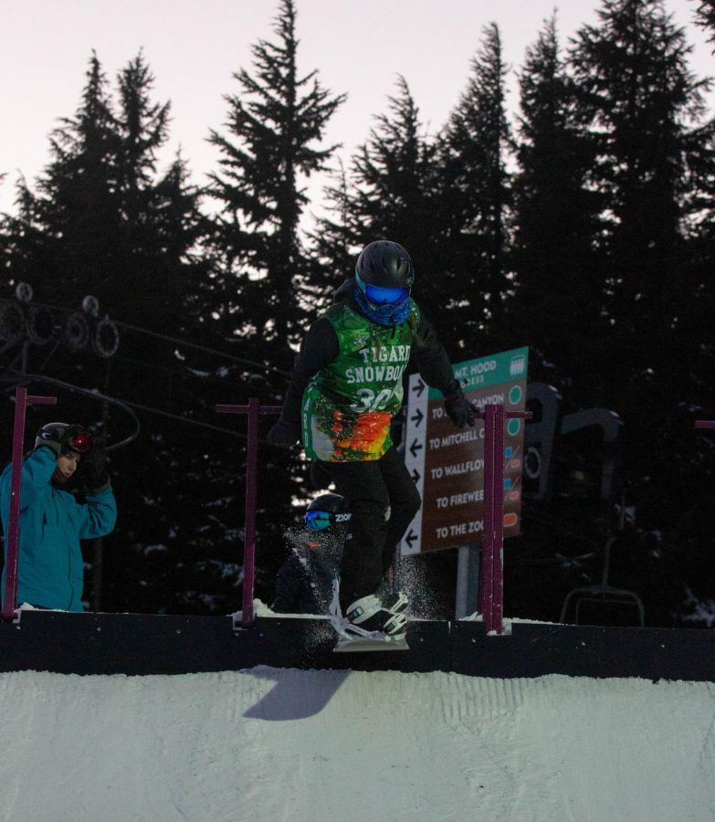 Sophomore Summer Schroder starts her run-through for the Banked Slalom competition on Feb. 5.